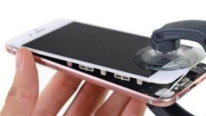 Thay kính iphone đến ngay PHONECARE