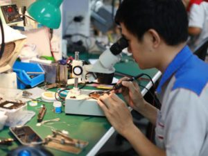 Dịch vụ sửa chữa và thay màn hình điện thoại samsung chất lượng cao