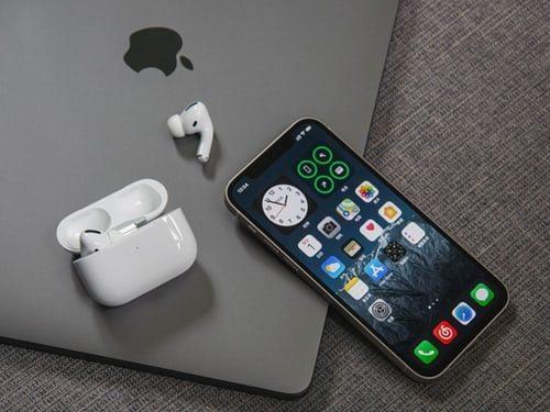 thay pin iphone 13